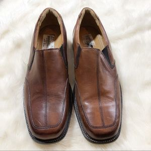 •Bostonian Brown Loafers•